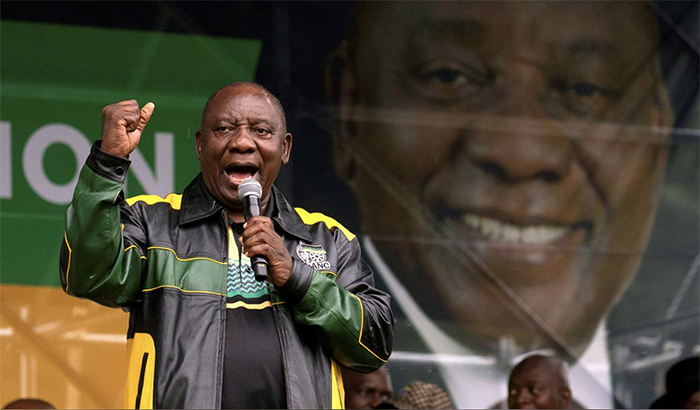 FILE PHOTO: South African President Cyril Ramaphosa speaks during an African National Congress (ANC) election rally in Tongaat, near Durban, South Africa, May 4, 2019. REUTERS/Rogan Ward